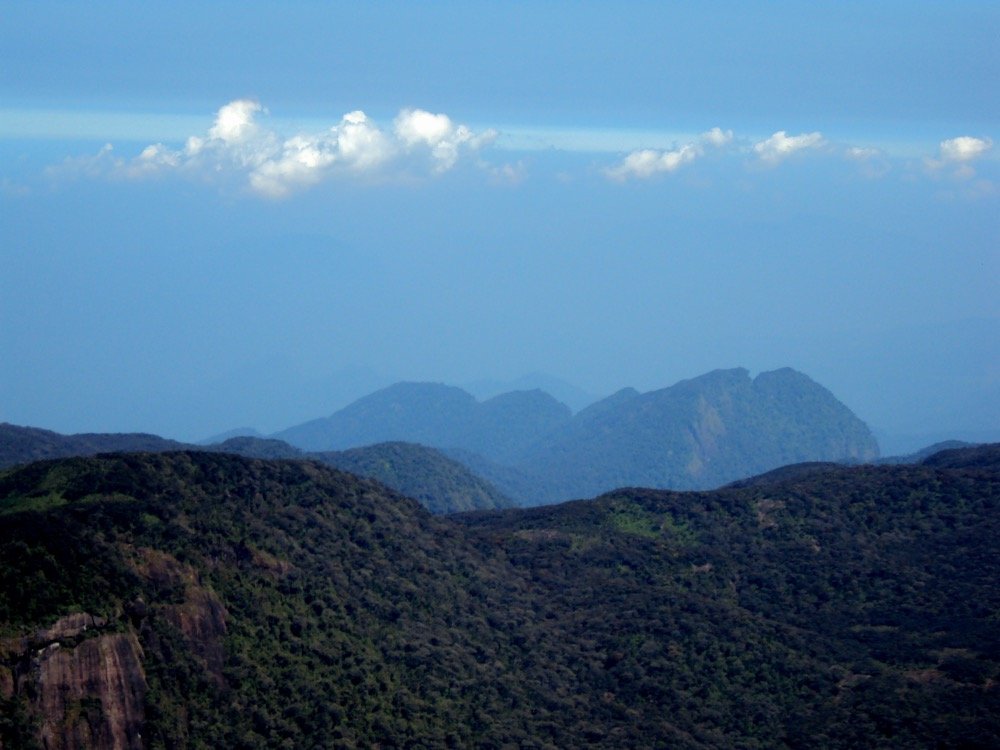 view-from-the-top-of-adams-peak